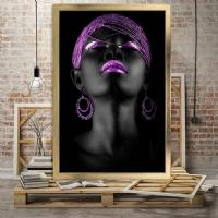 Mor Renk Küpeli Siyahi Kadın Çerçeveli Kanvas Tablo