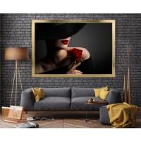 Kırmızı Gül Kadın Çerçeveli Kanvas Tablo